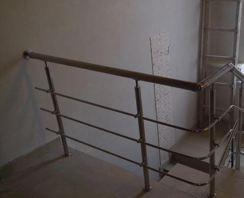 Ограждение на лестницу