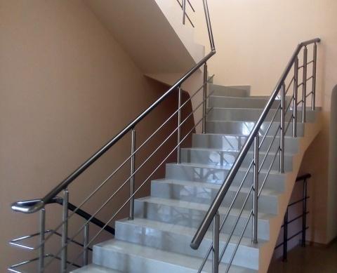 Перила из нержавейки сборные на лестницу